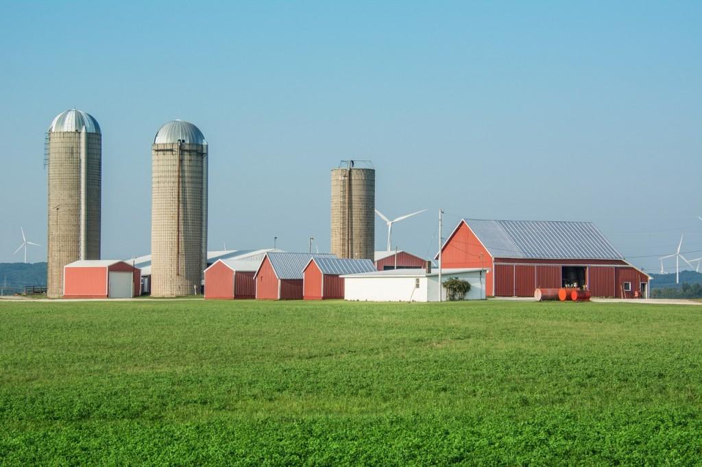 farm-1305828_1280